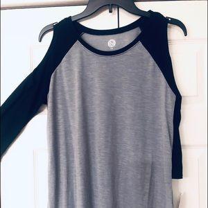 Junior's 3/4 sleeve cold shoulder cotton t-shirt